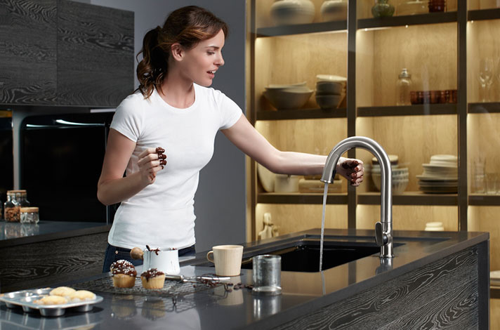 Sensate™ Touchless Kitchen Faucet